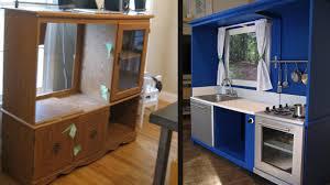 cuisine enfant fait maison donner une deuxième vie à un vieux meuble rénovation bricolage