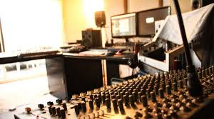 Home Studio Mixing Desk by Follow These Tips To Create The Home Studio Of Your Dreams Thump