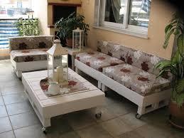 comment fabriquer un canapé en palette creer salon de jardin avec des palettes meilleur idées de