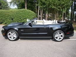 Black Mustang Convertable 2011 Ford Mustang Gt Convertible Mustang Gt Pinterest