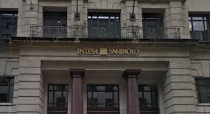intesa banking intesa sanpaolo apre il banking a londra londra italia