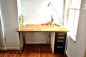 Desk For Small Rooms Corner Desk For Small Room Katecaudillo Me
