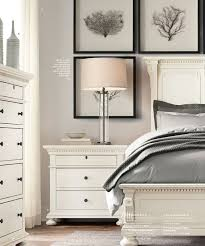 Ivory Painted Bedroom Furniture by Best 25 White Bedroom Set Ideas On Pinterest White Bedroom