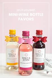 wine bottle favors learn how to make these chic wine bottle wedding favors