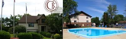 chateau knoll apartments in bettendorf ia