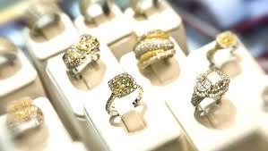 engagement rings stores how has engagement ring shopping changed in the last 30 years