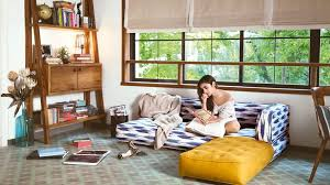 bollywood celebrity homes interiors celebrity homes passion flower is the colour of choice for bollywood
