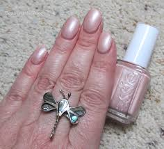 3 perfect spring neutral nail polishes from essie