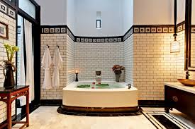 cute picture of black and white nice bathroom decoration using