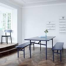 sala da pranzo design diagonale un tavolo da pranzo in legno e metallo woud