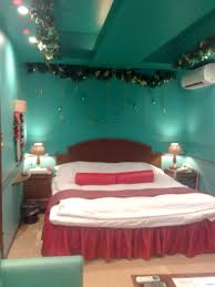hotel chapel christmas u2013 a christmas themed love motel