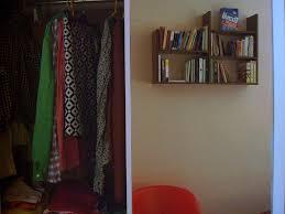 12 cosas que suceden cuando estas en armario segunda mano madrid eliminar la humedad en los armarios vivir hogar