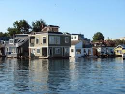 Floating Houses 71 Best Floating Houses Images On Pinterest Houseboats Floating