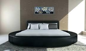 chambre avec lit rond chambre lit rond contemporaine chambre adultes avec tate de lit et