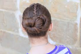 Simple Girls Hairstyles by How To Create An Infinity Bun Updo Hairstyles Cute Girls