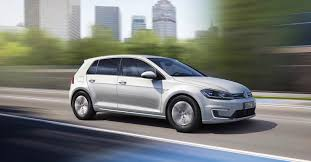 nissan leaf driving range new vw e golf beats nissan leaf driving range with 124 miles per