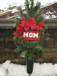 cemetery decorations cemetery christmas decorations part 42 cemetery decoration for