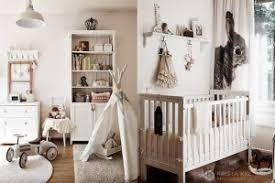 chambre bébé tendance deco chambre bebe beige et marron