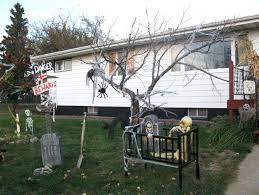 scary halloween decorations to make at home excellent homemade scary halloween decorations outside collection