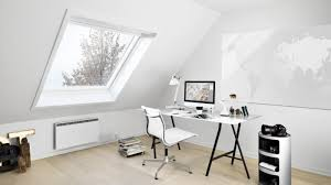 dans un bureau bien aménager un bureau dans les combles rêve de combles
