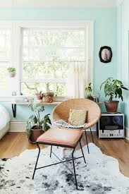 loving the gentle light filled photography of jaclyn campanaro and the gorgeous retro styling mint wallspale blue