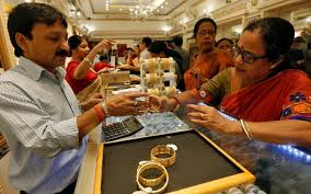 gold glitters on dhanteras higher prices fail to stop yellow