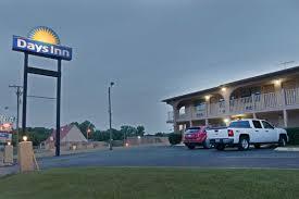 days inn downtown nashville west trinity lane nashville hotels