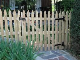 picket fences cedar picket fence