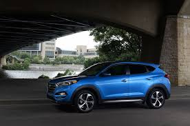 hyundai tucson 2016 6 unusual new features in the 2016 hyundai tucson
