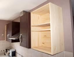 fabriquer un meuble de cuisine fabriquer meuble haut cuisine 3 astuce locataire sans fixation