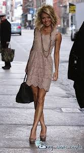 how does kelly ripa style her hair kelly heading to work high heels hobby including celebrities