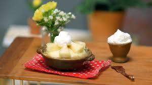 tiny banana tiny banana cream pie tiny kitchen tastemade