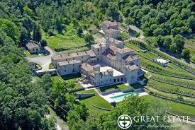 castles villages sale terni
