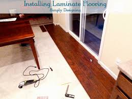 how to install glueless laminate flooring
