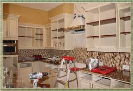 spray painting kitchen cabinet doors spray paint for kitchen cabinets effortless spray painting
