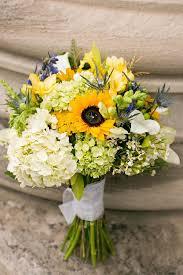 wedding flowers cities best 25 sunflower bridal bouquets ideas on sunflower