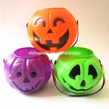 Halloween Candy Gift Basket by Halloween Candy Baskets