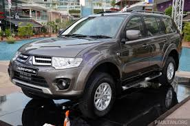 mitsubishi pajero japan mitsubishi pajero 2013 mitsubishi pajero sport news reviews msrp ratings with