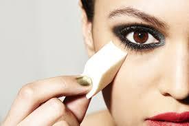 5 Ways You U0027re Using Your Makeup Sponge Wrong Glamour