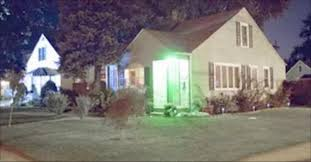 green light real estate if you see a green light at the front door of a house you need to