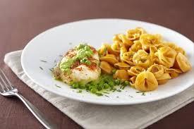 cuisiner le lieu jaune recette de fagottini tomate mozzarella pavé de lieu jaune à la