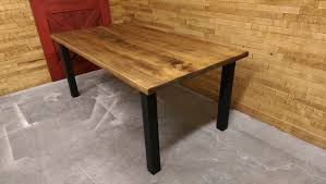 table cuisine en pin table en pin massif stunning tables basses bois massif with table