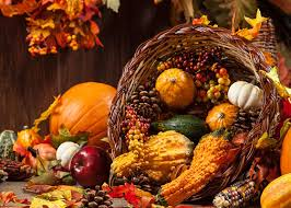 using fruits and vegetables to decorate this thanksgiving
