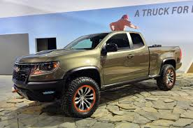 nissan pathfinder on 24s chevy colorado zr2 concept cars drive away 2day
