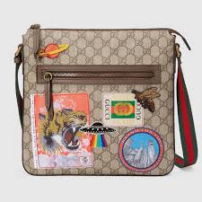 gucci courrier soft gg supreme messenger gucci men u0027s messengers