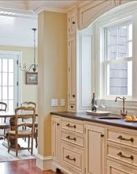 Paint Colours For Kitchen Cabinets by Match A Paint Color To Your Cabinet And Countertop Interior