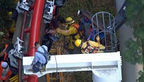 Six Flags Superman Ride 22 Stranded For Hours On Six Flags Magic Mountain Ride Nbc 7 San