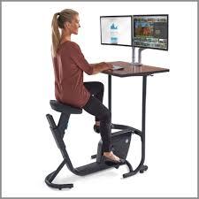 Schreibtisch Simpel Gesundes Arbeiten Bewegung Im Büro