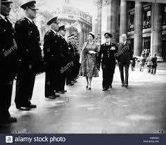 Queen Elizabeth Ii House Royalty Queen Elizabeth Ii St John Ambulance Brigade Visit