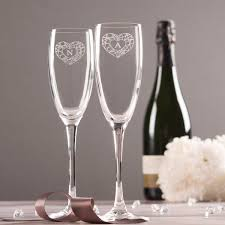 wine glass with initials personalised set of 2 chagne flutes geometric hearts